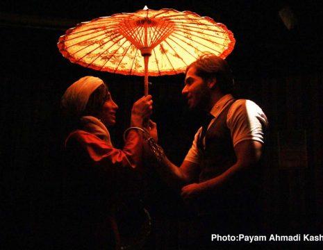 <h5>گزارش تصویری نمایش «سوتفاهم»</h5><br><div>به گزارش سینماخانه؛ نمایش «سوتفاهم» به کارگردانی فاطمه زمانی،تهیه کنندگی میلاد رمضانی و ... </div>
